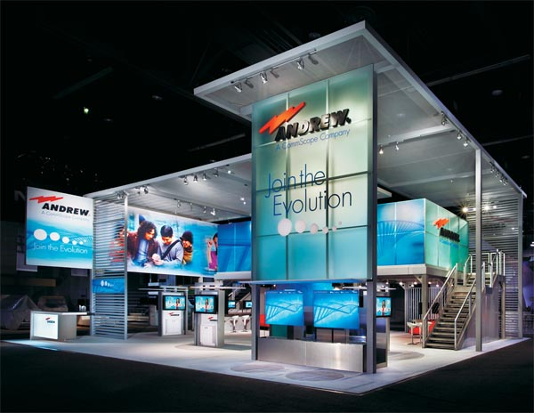 Exhibition Display System : Double features exhibitor magazine
