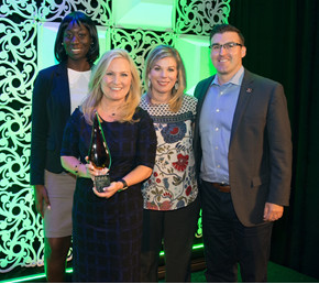 Visit San Antonio staff on hand to accept the 2017 TSAE Distinguished Affiliate Award.