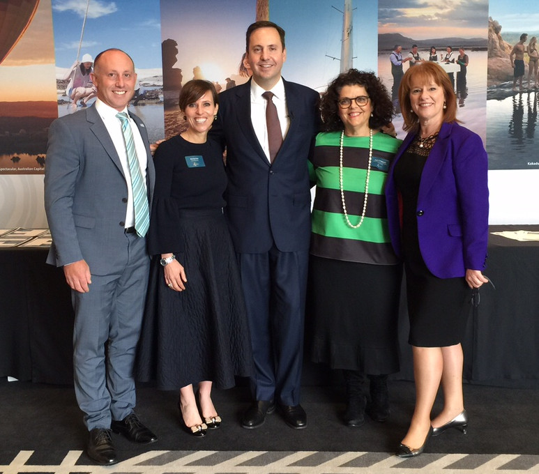 From left to right: Andrew Hiebl, AACB; Penny Lion, Tourism Australia; Hon Steven Ciobo, Minister for Trade, Tourism and Investment; Joyce DiMascio, EEAA; Karen Bolinger, Melbourne Convention Bureau.